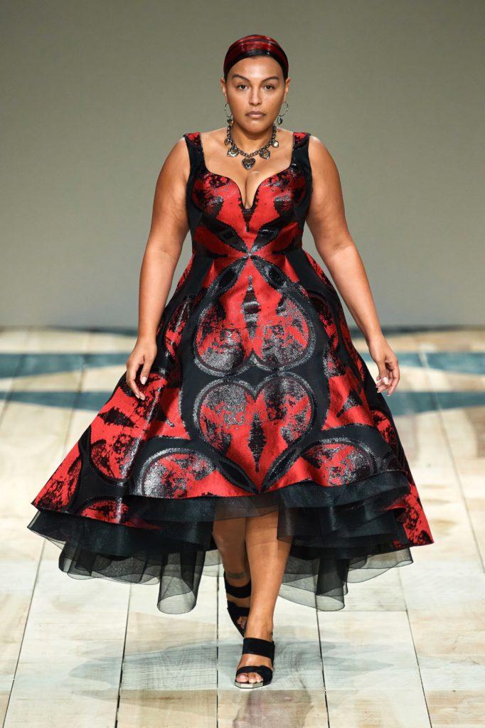 Paloma Elsesser pour Alexander McQueen