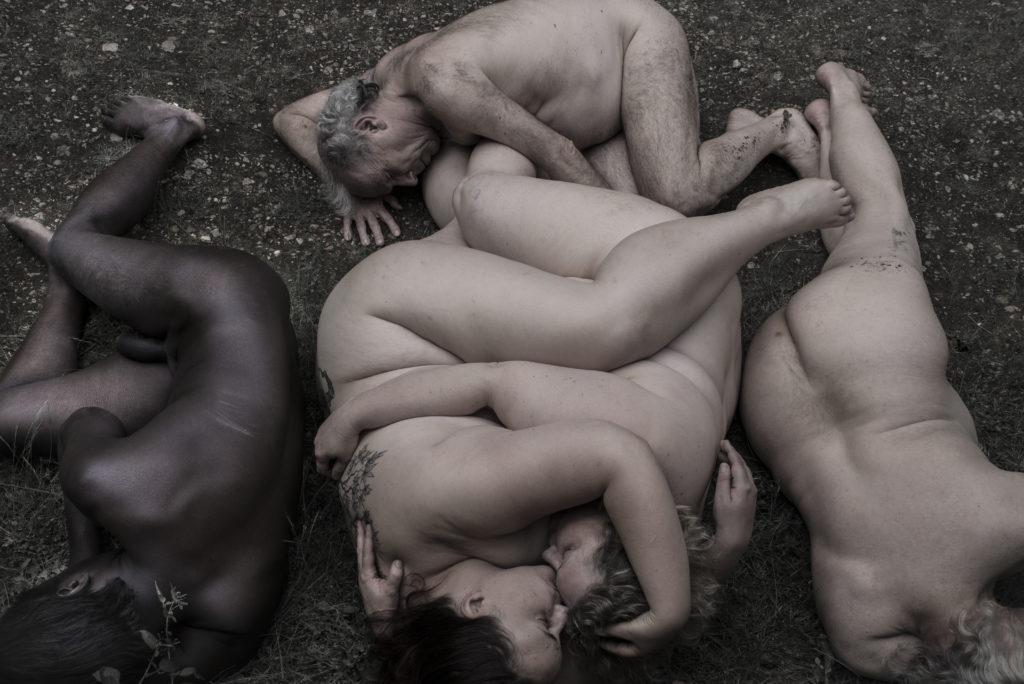 poser nue avec Vanda Spengler