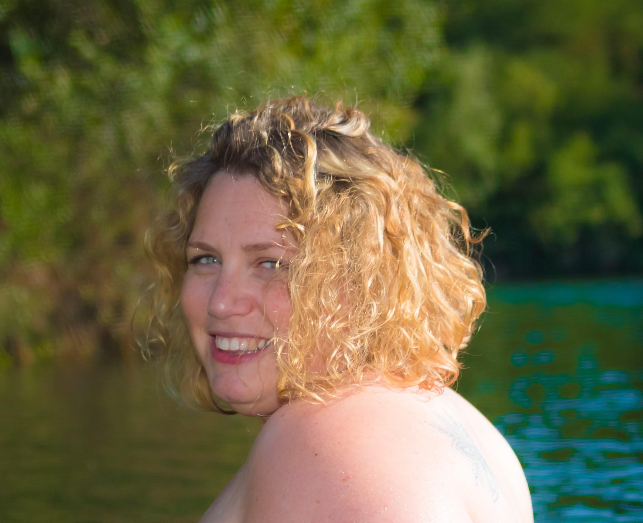 Chemin d'acceptation et oser poser nue avec Valérie [ Interview ]