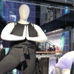 Nike mannequin grande taille sur Paris